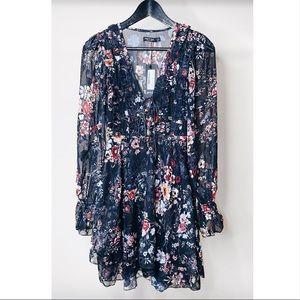Lace-Up floral mini dress
